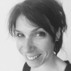 Prendre rendez-vous en ligne avec Sandrine GAMEIRO - Yogathérapeute
