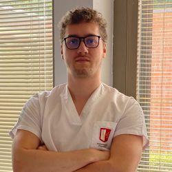 Prendre rendez-vous en ligne avec Antoine LOUAGE - Ostéopathe